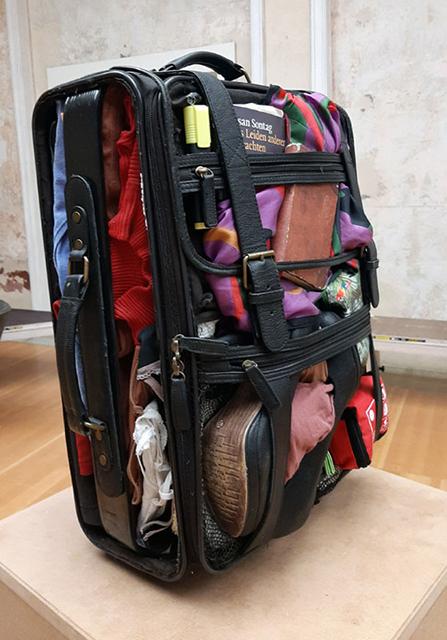 Koffer_linksVorne